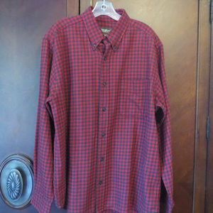 EDDIE BAUER Relaxed Fit Buttoned Down Plaid Shirt